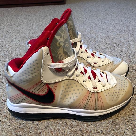 Nike Shoes   Lebron 8 V2 Home Shoes